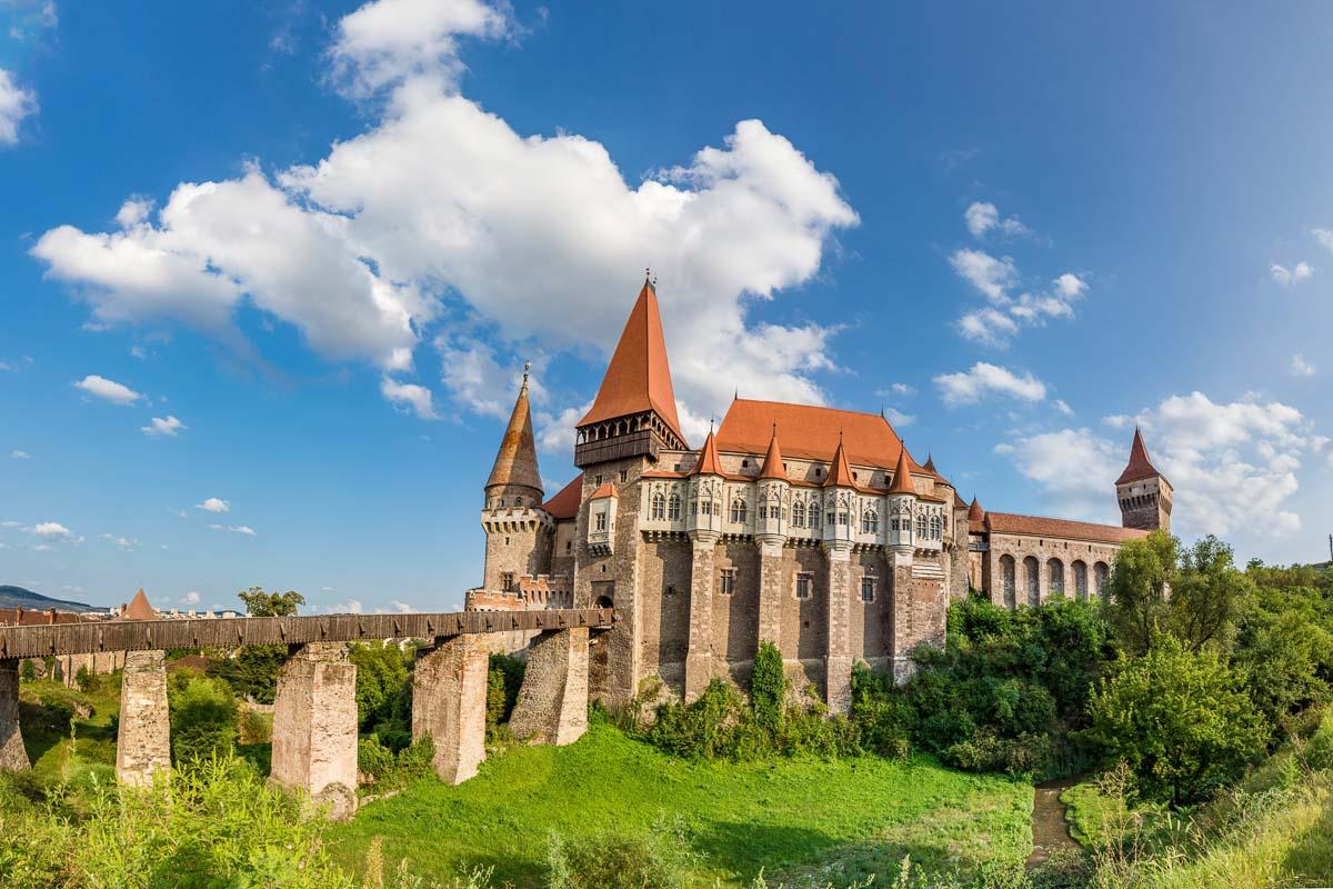 visit Corvin castle